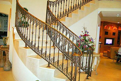TDMG Stairs002