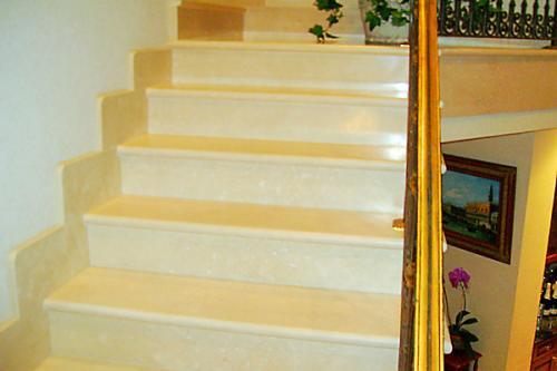 TDMG Stairs004