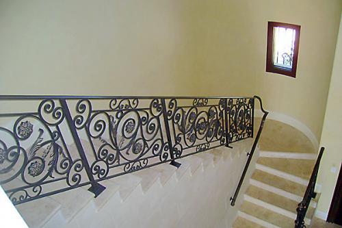 TDMG Stairs012