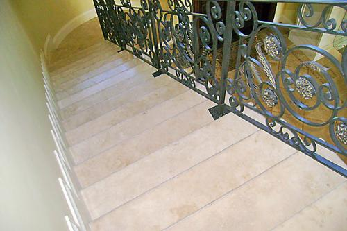 TDMG Stairs013