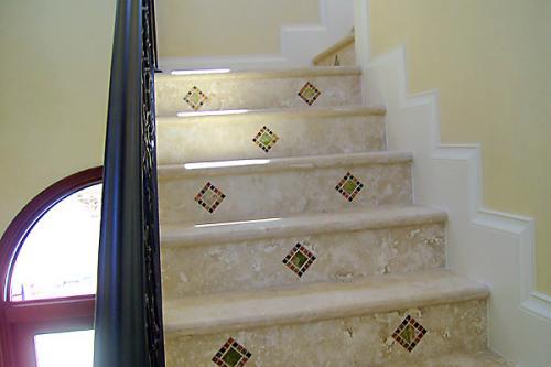 TDMG Stairs015